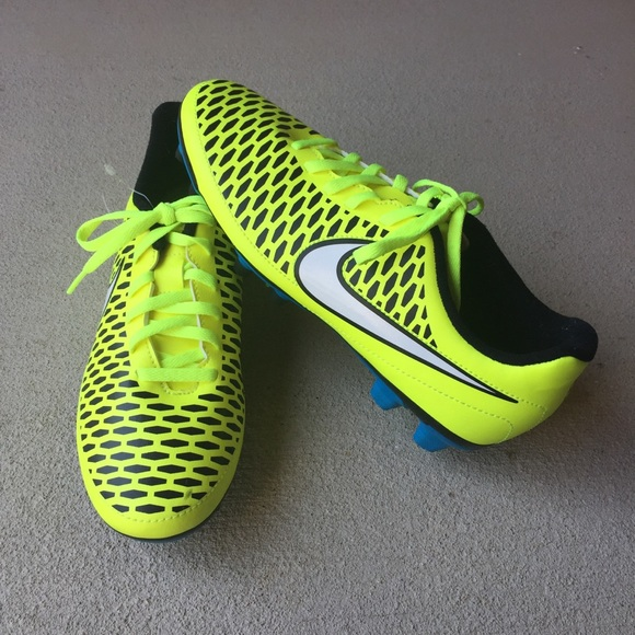 c8ca58661 HP🎉NEW Nike Magista Opus FG women s Soccer Cleats